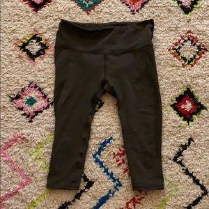 Lululemon Capri Leggings with Mesh Side Vents